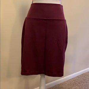 NWOT tummy control ponte pencil skirt